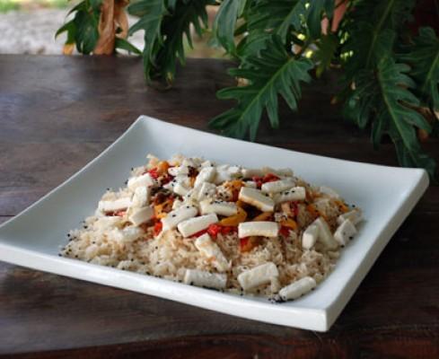 אורז פלפלים וגבינה מוקפצת