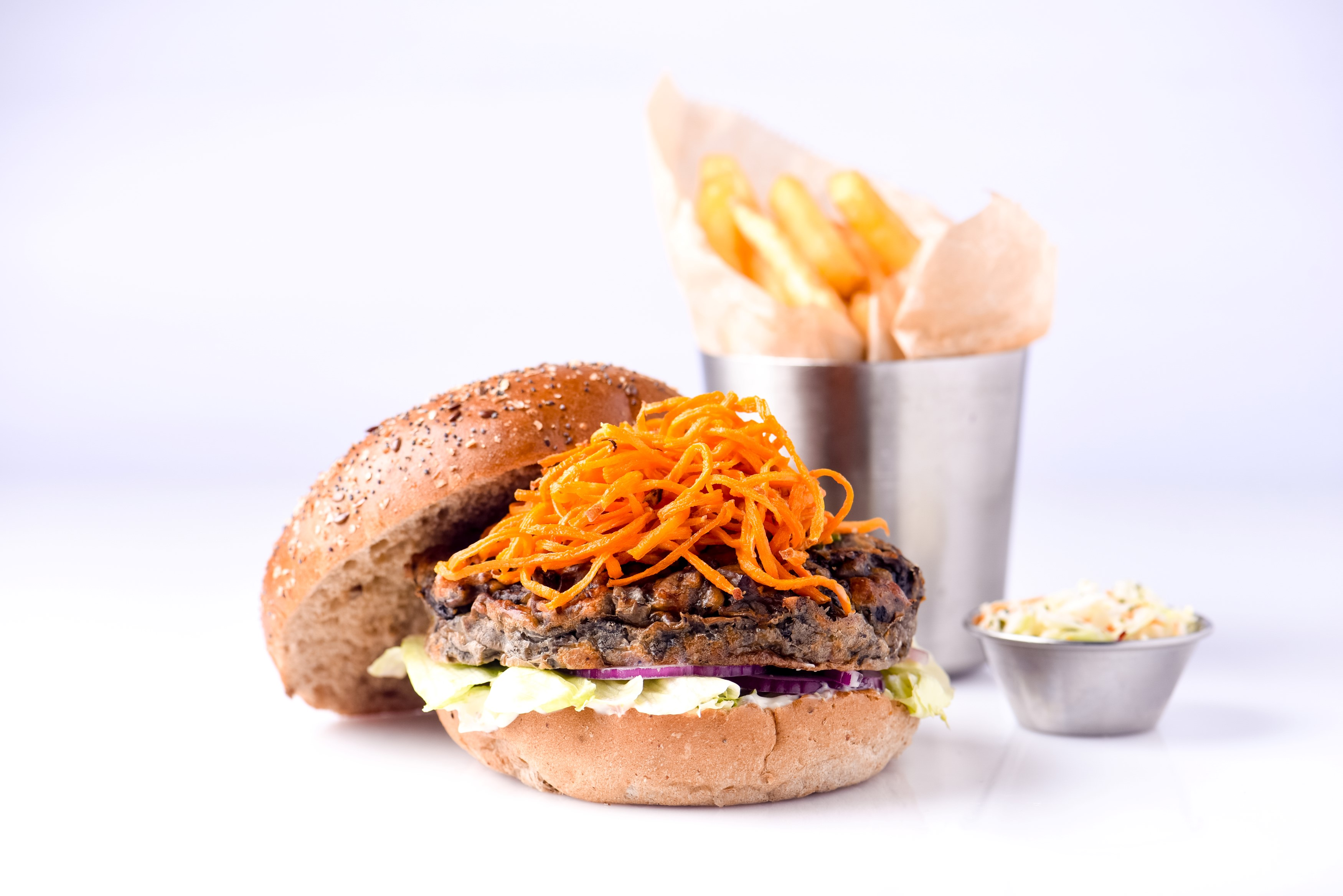 מתכון לשבועות  המבורגר חלומי עם פטריות בשילוב איולי כמהין