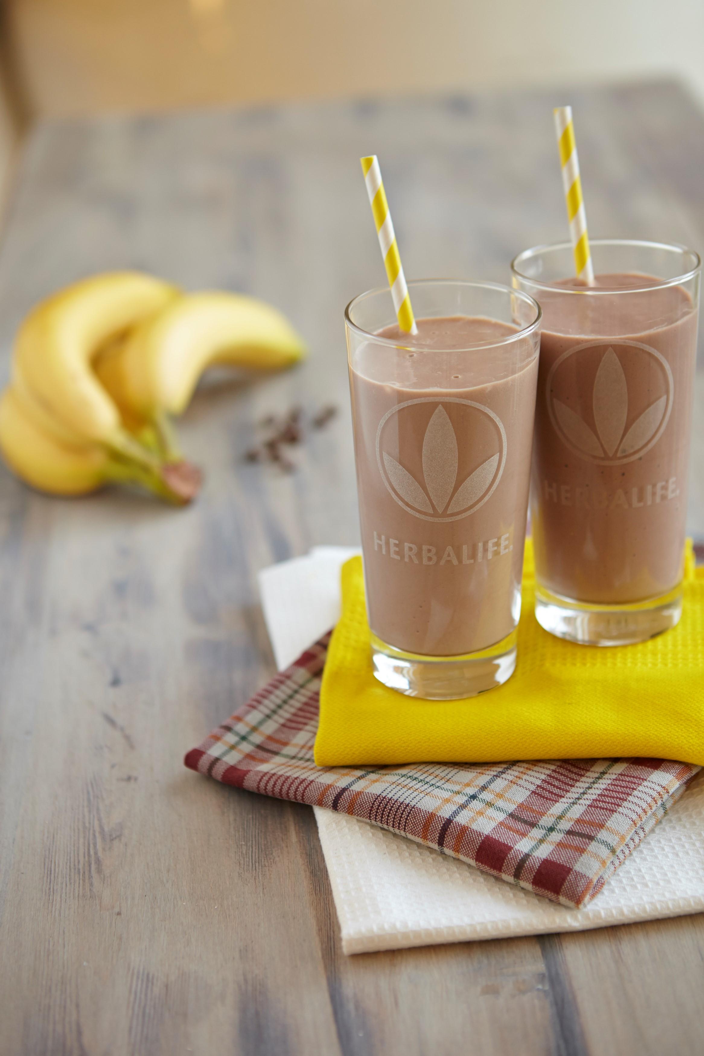 מתכון מרענן להכנת שייק רימון בננה ויוגורט 🍌🥛🍯