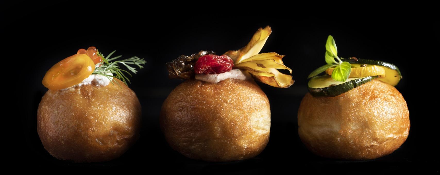 השף מוריס מונייה מעניק מתכון להכנת מיני מיני סופגניית בריוש עם מילוי זוקיני 🦜🍩