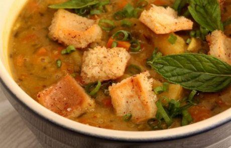 מתכון למרק חומוס וארטישוק בניחוח נענע וקארי