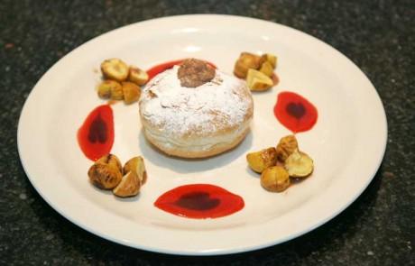 מתכון לחנוכה: סופגנייה במילית קרם ערמונים ושוקולד לבן