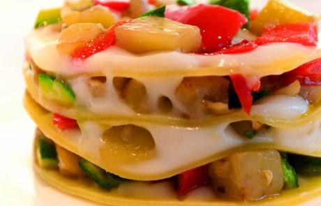 מתכון לשבועות: לזניה גבינות וירקות גינה