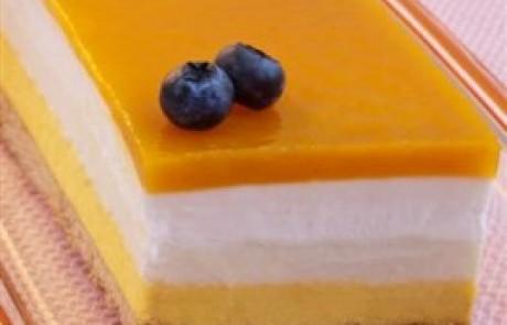 מתכון לשבועות: עוגת מוס גבינה ומנגו