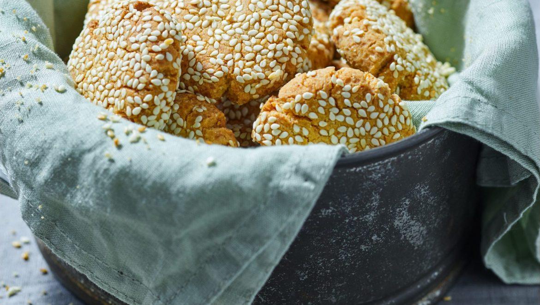 עוגיות טחינה עם שקדים מועשרות בחלבון