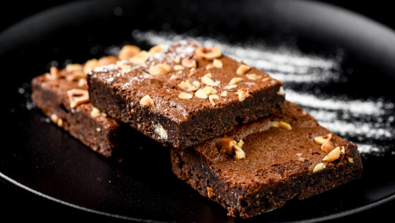מתכון בראוניז שכבות שוקולד וקרם  שוקולד לבן