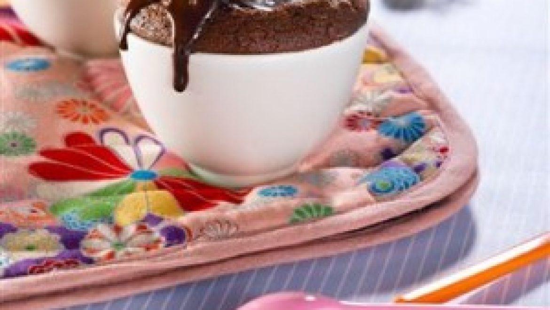 סופלה שוקולד חם ברוטב שוקולד מנטה