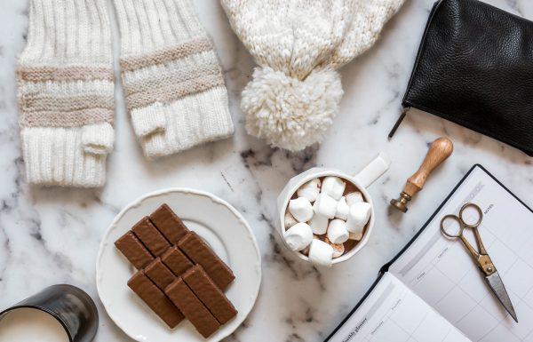 חברת כרמית חולקת מתכון חורפי חם, מתוק ומפנק – שוקו ומרשמלו