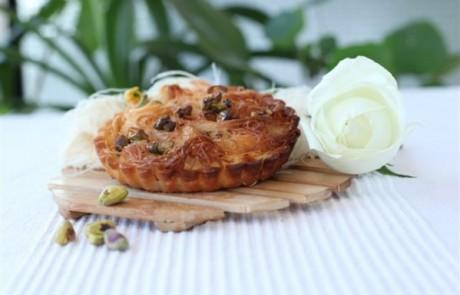 מתכון לשבועות: טארט גבינה בסגנון כנאפה