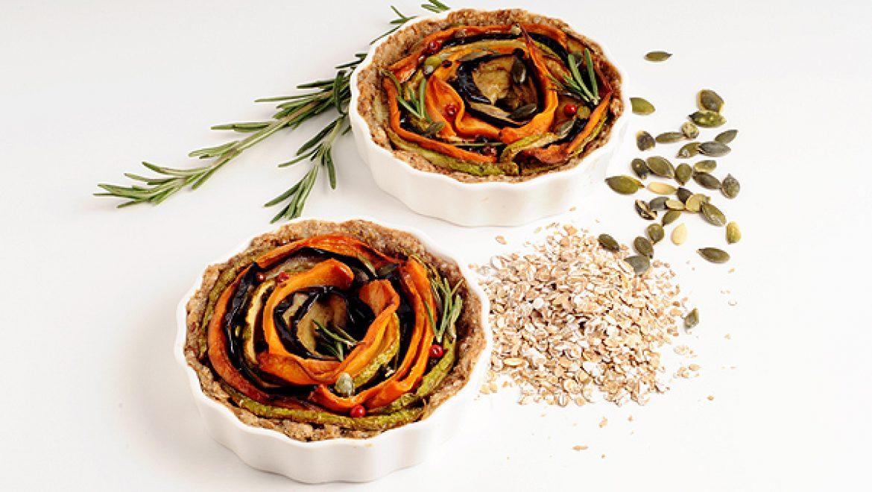 מיני קיש זוגי בשילוב פתיתי שיפון וספירלת ירקות