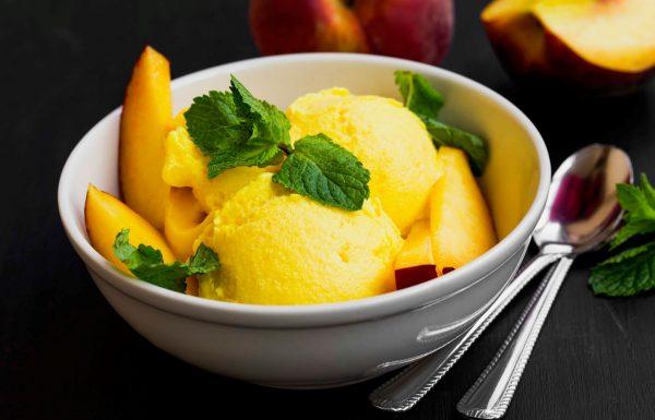 גלידת אפרסקים ביתית