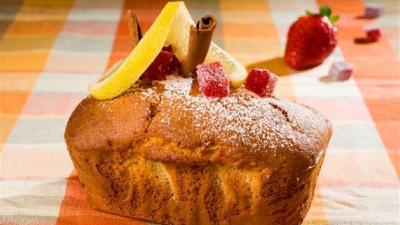 עוגה בחושה לימון ותותים