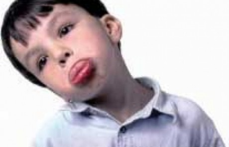 10 טיפים איך משכנעים ילד סרבן לקחת תרופה?