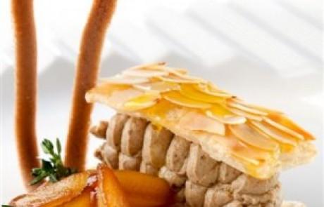 מתכון לראש השנה: מאפה בצק עלים במילוי מוס כבדי עוף בליווי אגסים מוברקים