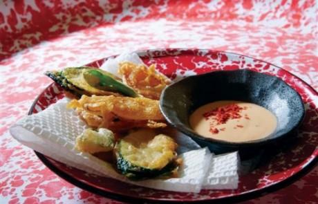 מתכון לראש השנה: ירקות בבלילה של פפריקה מעושנת עם מטבל חרדל דבש