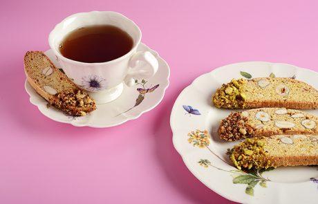 ביסקוטי אגוזים ושקדים בציפוי טחינה סילאן
